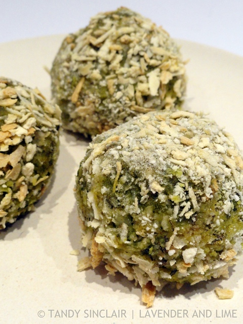 Pea And Spinach Pesto Arancini