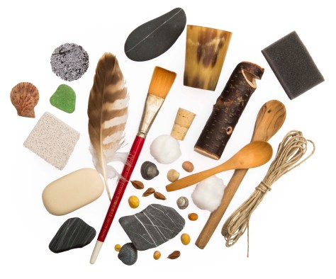natural-materials-collection-of-objects