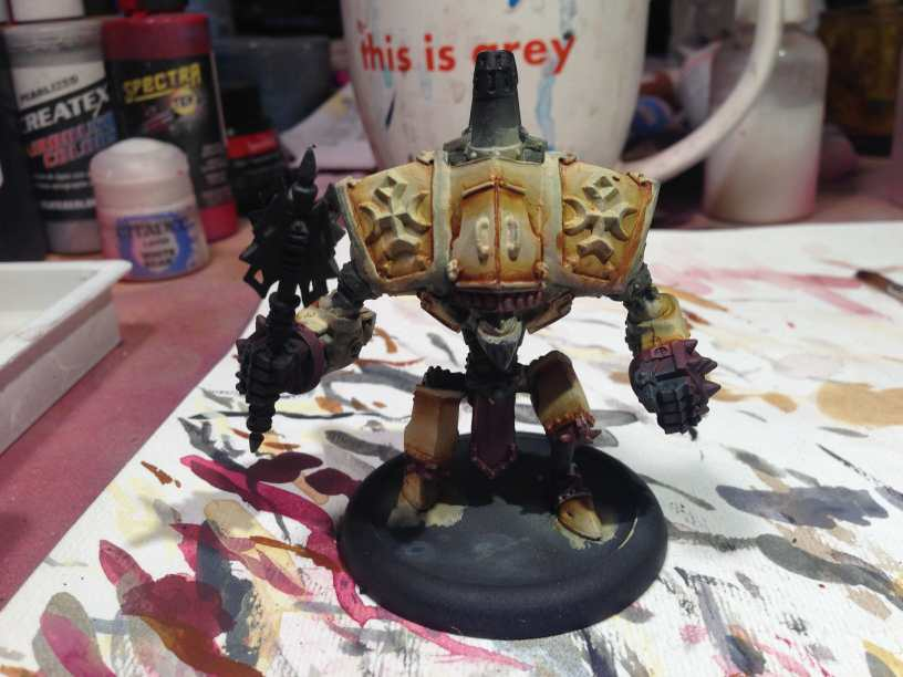 Menoth Crusader Warjack: Quick n' Dirty Paint Job - how to paint a menoth warjack - painting the crusader menoth miniature - warmachine painting - painting warmachine models for menoth - blending shadows