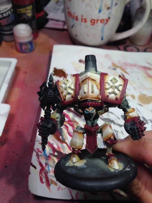 Menoth Crusader Warjack: Quick n' Dirty Paint Job - how to paint a menoth warjack - painting the crusader menoth miniature - warmachine painting - painting warmachine models for menoth - adding details fast