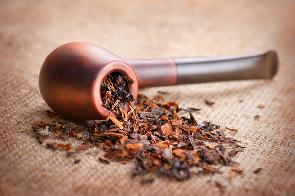 How I Dabbled in Tobacco Pipe Smoking