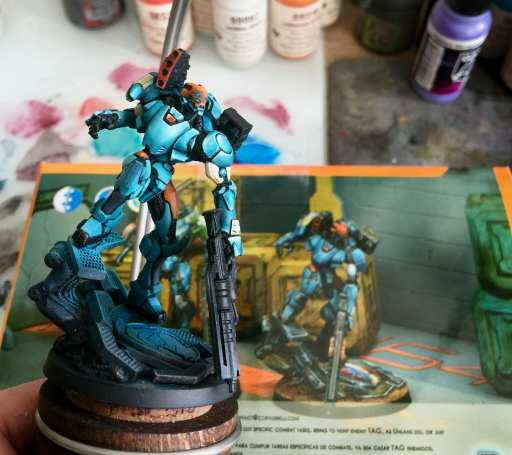 21 Great How-To Books for Painting Miniatures in 2020! (So Far) - studio painting Angel Giraldez style with an airbrush