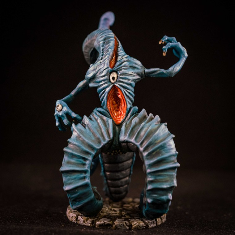 How to Paint Board Game Miniatures: Cthulhu Wars  - High resolution photo of the Nyarlathotep - painting miniatures
