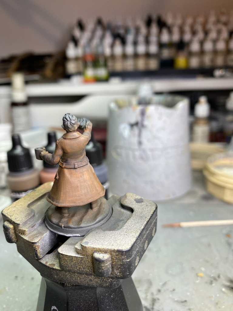 glazing contrast on a 3d printed miniature from heroforge