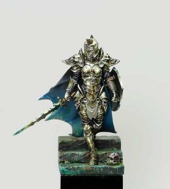 How to paint non-metallic metal using acrylic matte paints. Sergio Calvo is a master NMM painter.