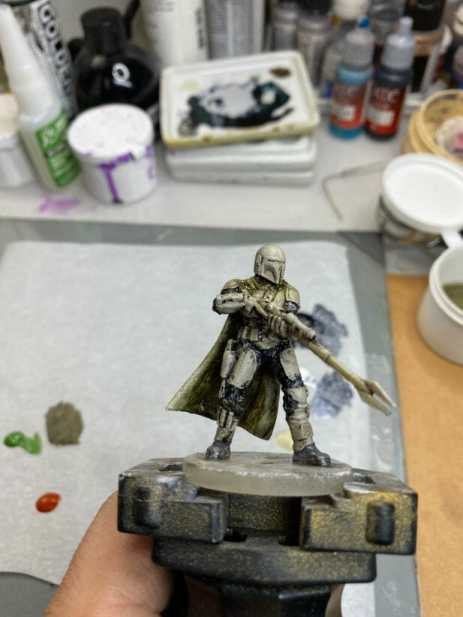 """Oil Painting the Star Wars """"Mandalorian"""" Alla Prima - how to paint a 3D printed resin model with oil paint - speed painting miniatures with oils - front dark blue cloth"""
