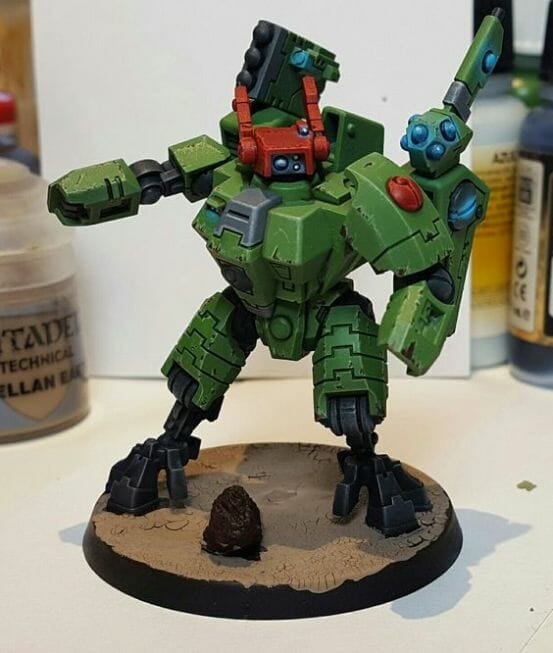 Tau sept color schemes, caste color schemes for Tau, T'au paint color scheme ideas – Grimdark Tau style, Blachitsu Tau painting, how to paint Tau miniatures, Games Workshop Tau paint schemes – How to paint grimdark Tau – painting Blanchitsu Tau - green tau