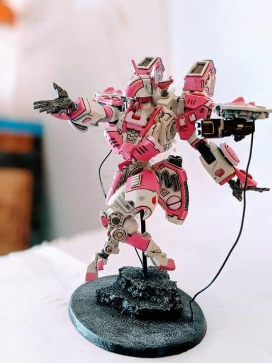 Tau sept color schemes, caste color schemes for Tau, T'au paint color scheme ideas – Grimdark Tau style, Blachitsu Tau painting, how to paint Tau miniatures, Games Workshop Tau paint schemes – How to paint grimdark Tau – painting Blanchitsu Tau - pink Tau