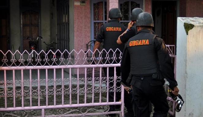 Bom Panci yang Mendunia dan Penangkapan Teroris di Bekasi
