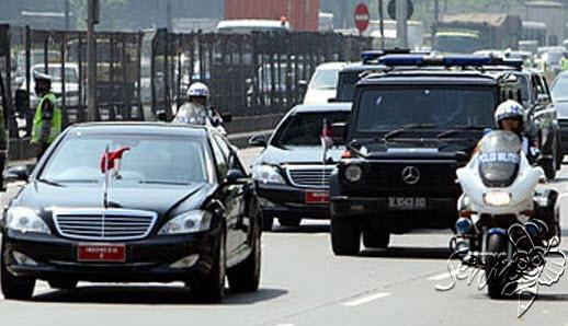 Mobil Kepresidenan Jokowi Mogok Di Saat Kunjungan Kerja