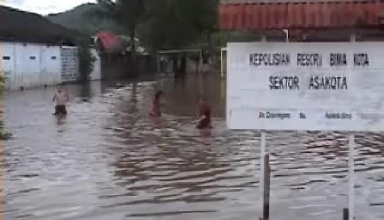 1 Orang Tewas Akibat Banjir Bima