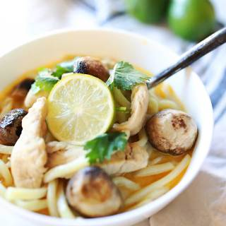 Amazing and delicious Thai COconut soup with lemongrass and lime.