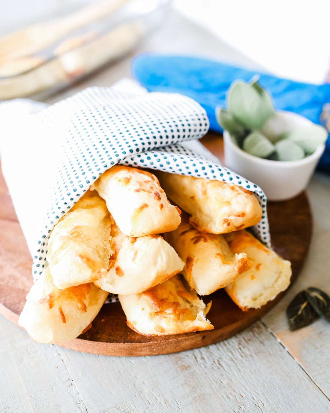 brown butter and sage cheesy breadsticks!!!