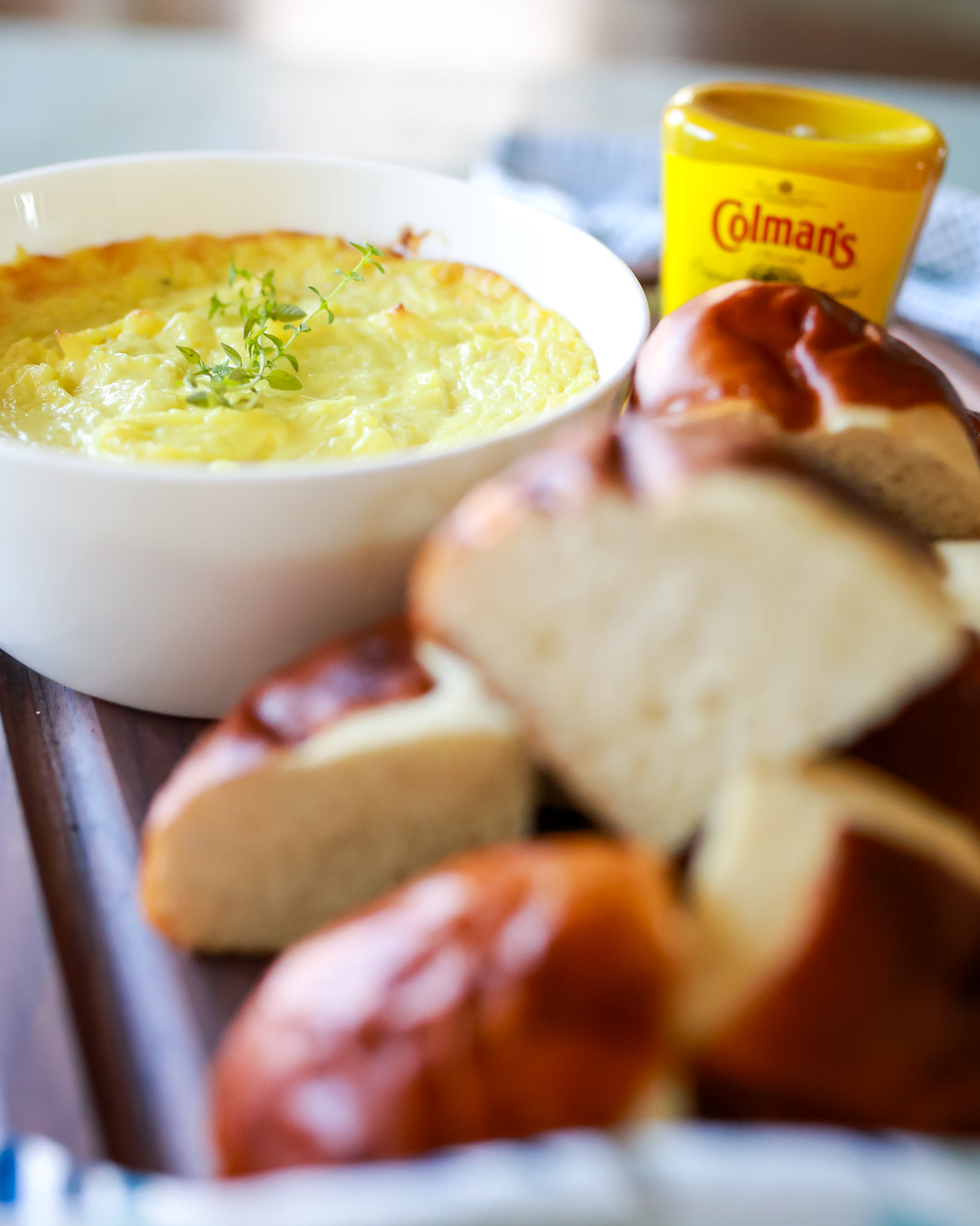 Amazing mustard cheese pretzel dip recipe