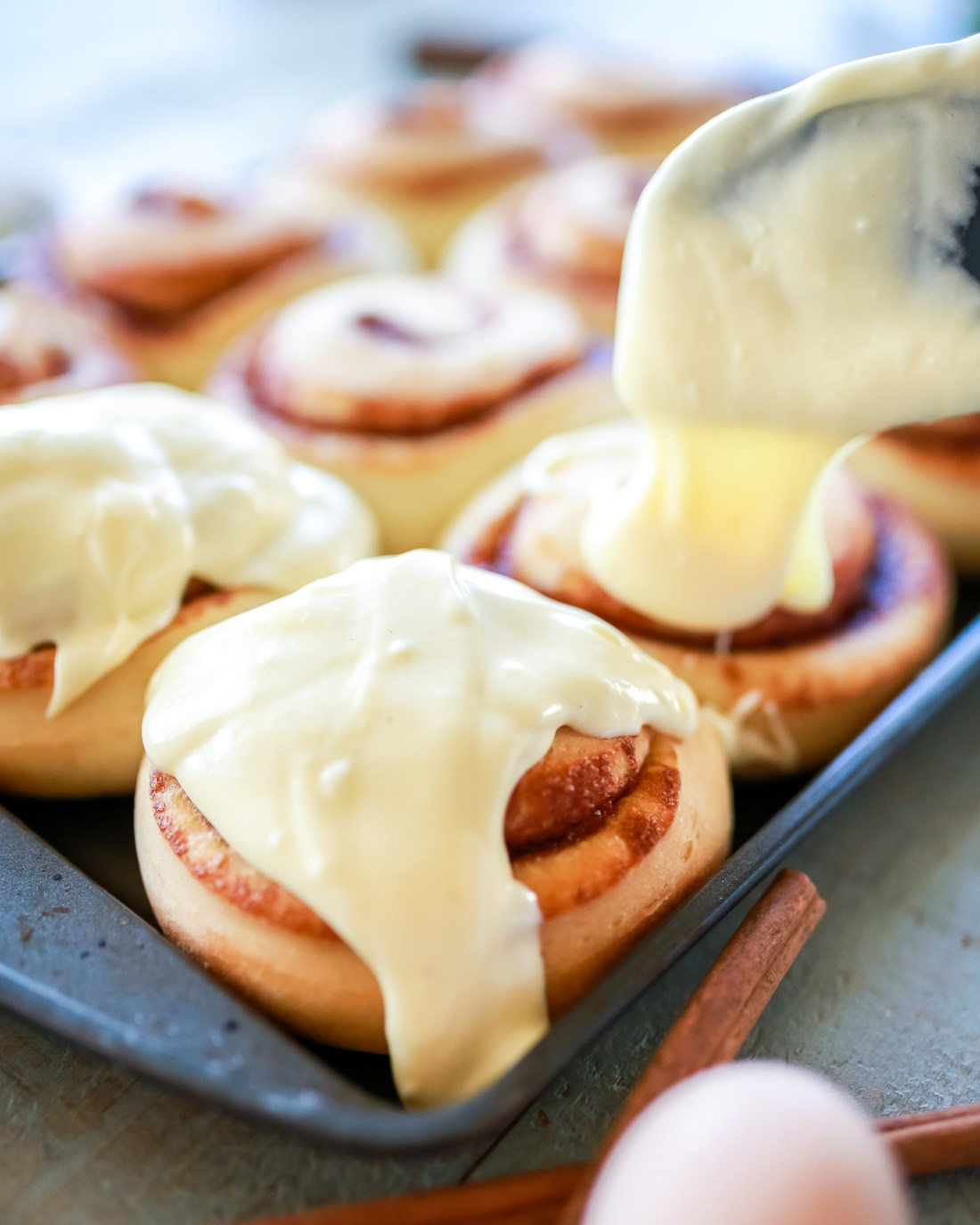 Eggnog cinnamon rolls that taste like heaven!