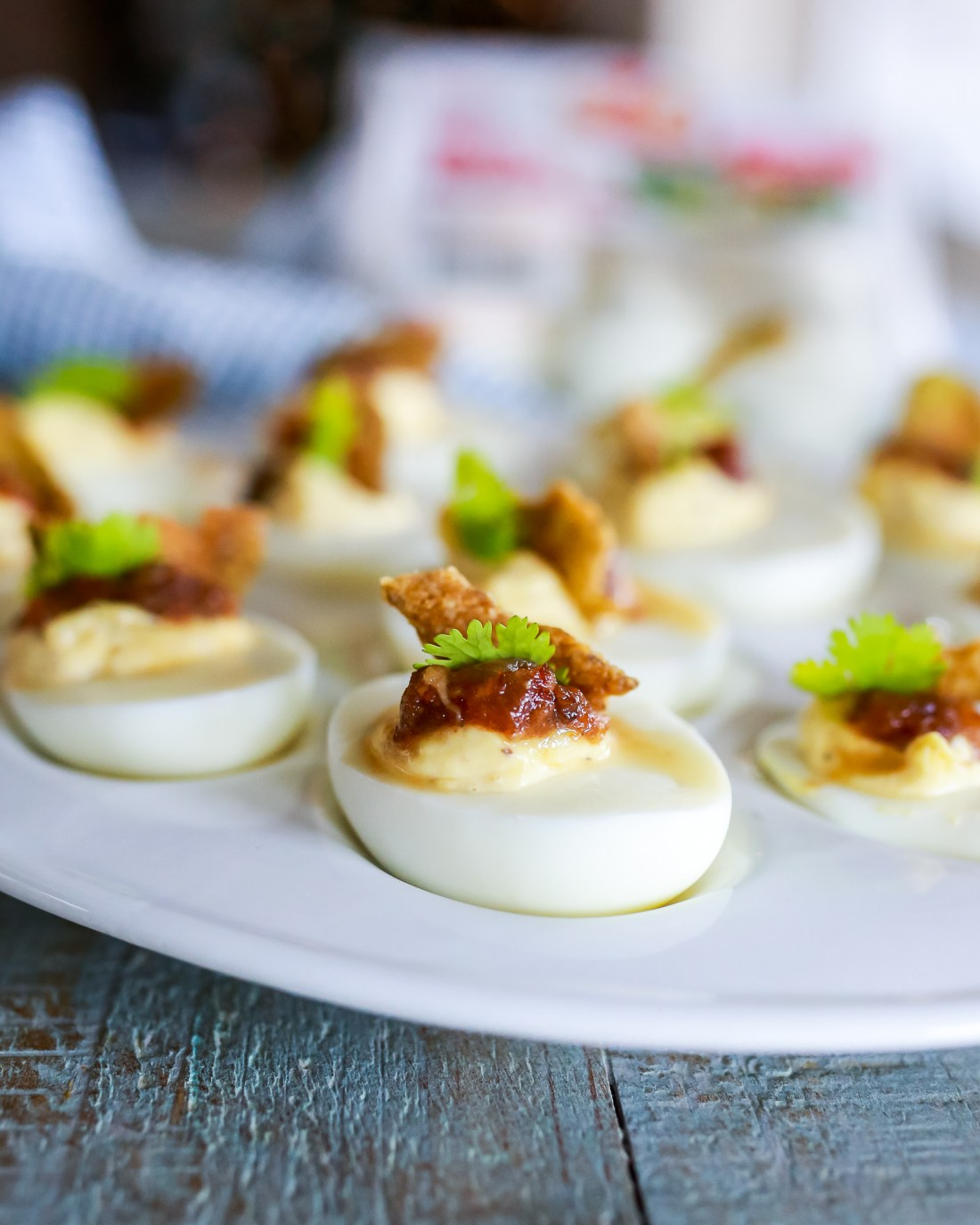 best party food: deviled eggs!