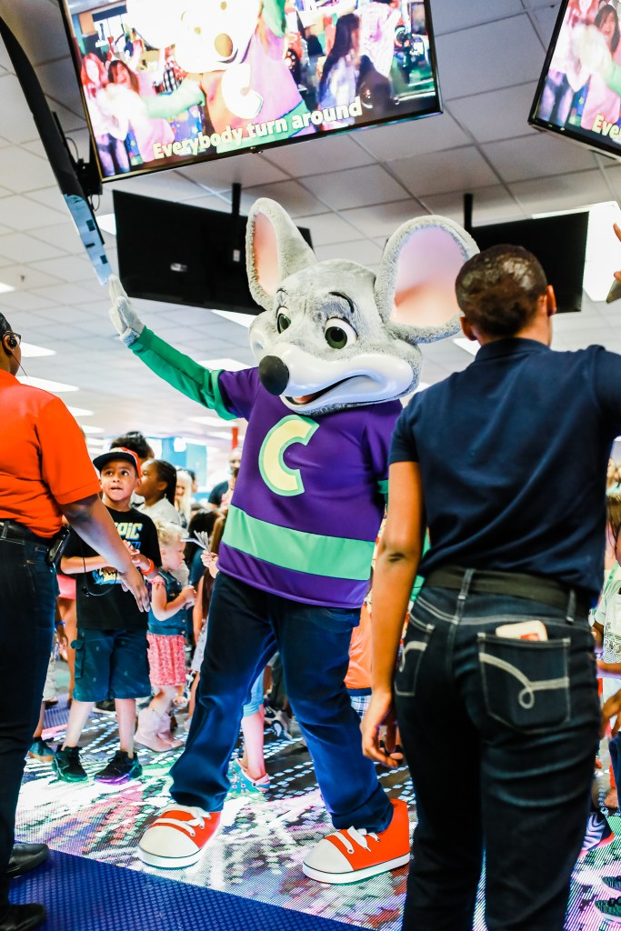 Chuck e cheese The updated interior now features a stunning, all-new light up dance floor where the hourly live show and birthday show will take place