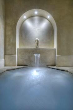 www.tango-online.de_detail aus dem römischen bad im neuen arno spa der villa la massa