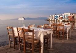 TANGO_online_traditional-greek-tavernas-across-mykonos-little-venice