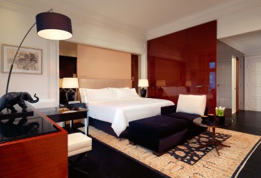 Grand Deluxe Room -Bed