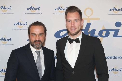 Ahoi 2018_Schauspieler Matthias Schloo mit Robin Himmelmann (FC St. Pauli)