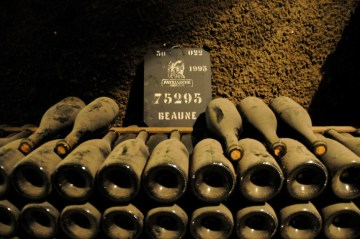 Vintage-wine-Beaune-France