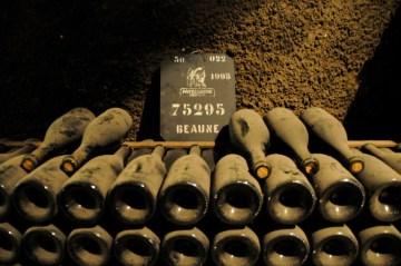 Vintage-wine-Beaune-France