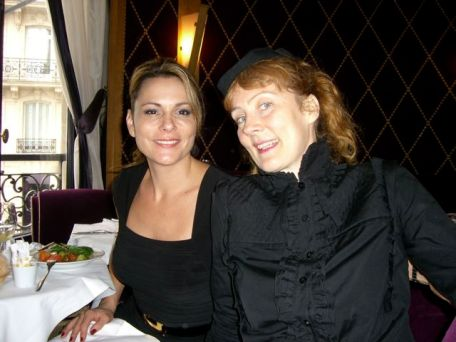 Teresa and Iris at L'Avenue, Paris