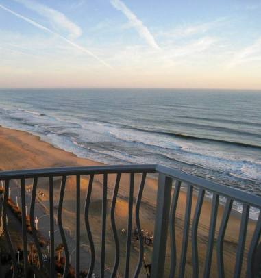 VirginiaBeach_PostPhotos 021_BeachView