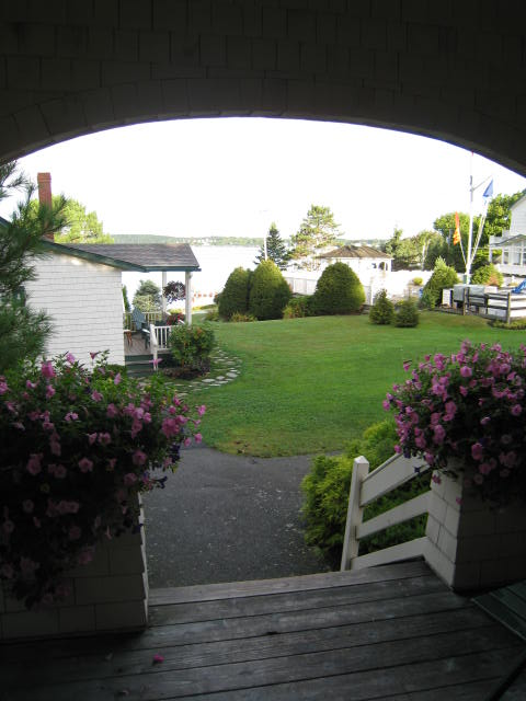 Boothbay_SprucePointLodgeRoomView