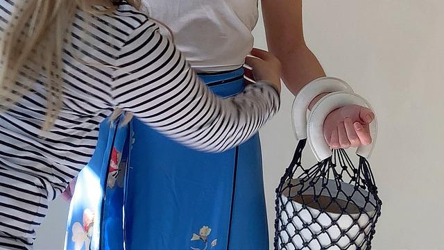 designer fashion, front row fashion, ganni, staud, bucket bag, skirt