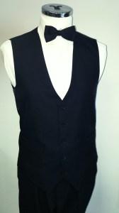 Plain_black_waistcoat