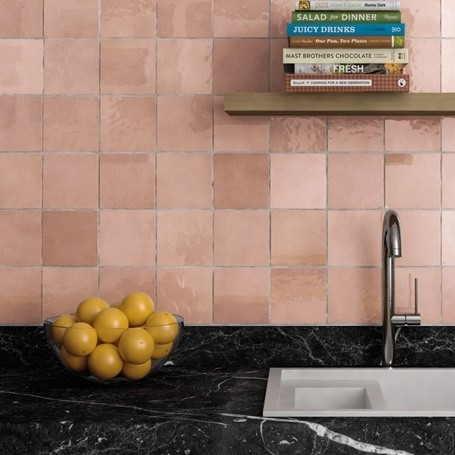 cloe 5 x 5 wall tile in pink from