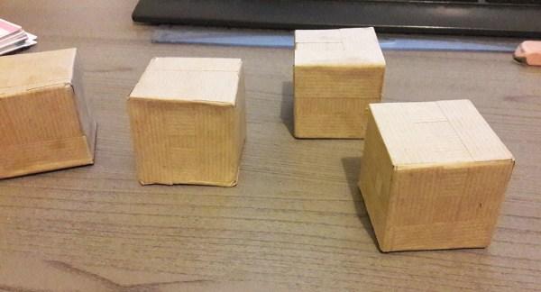 Cubes en cartonnage kraftés