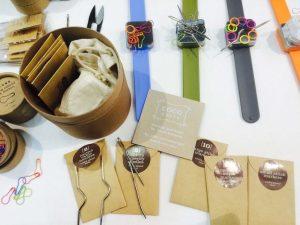 Interessantes Set von coco-knits (http://store.cocoknits.com/) - genau das richtige für so Stricksüchtige wie mich :)