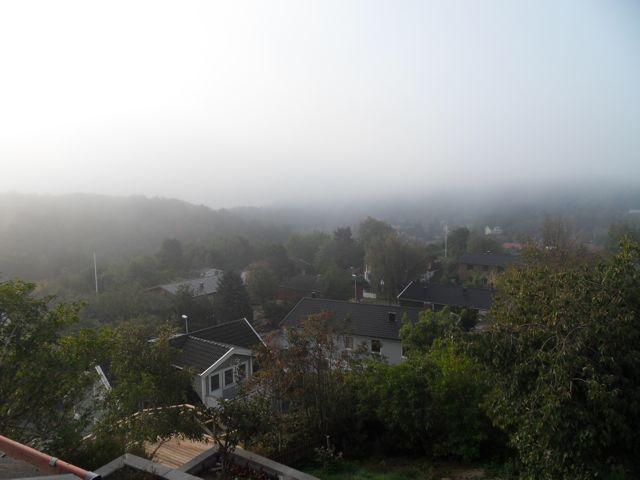 Dimma över Mölndal - utsikt från balkongen