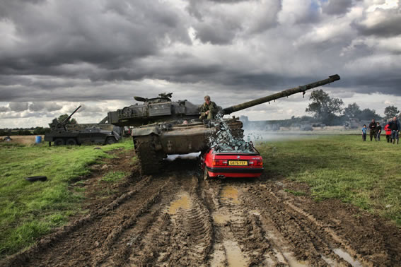 The British Challenger 2 Tank - TankNutDave com