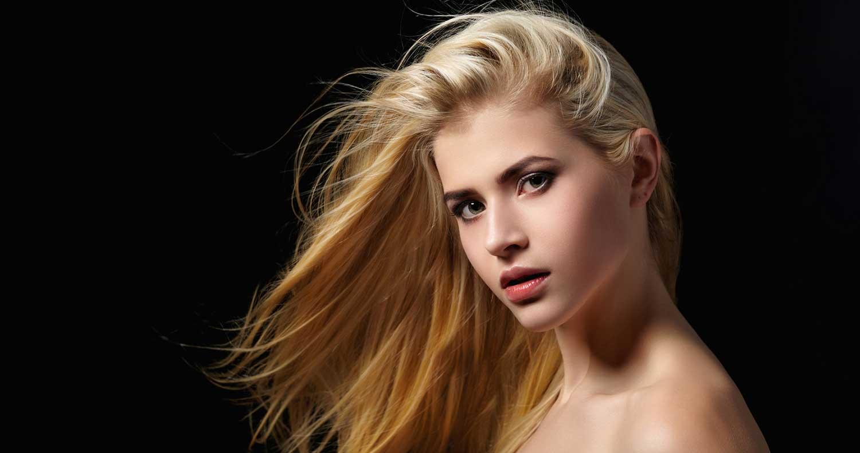 Portrait: blonde