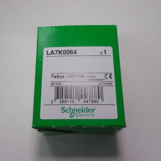 LA7K0064