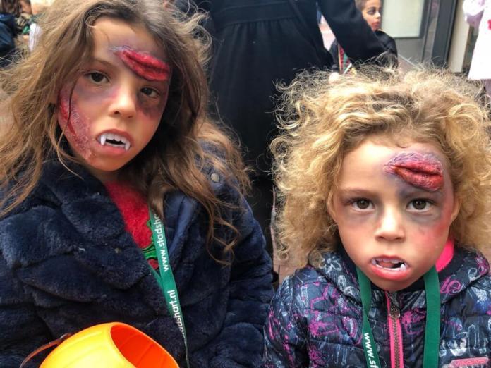 Lekker een weekje vakantie zombiedochters