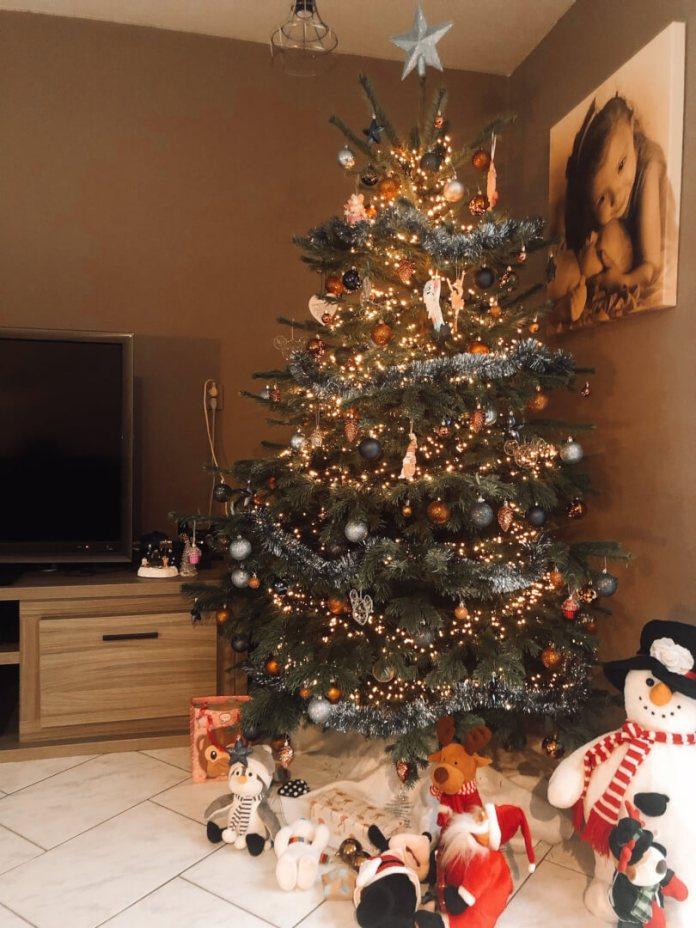 niet goed in mijn vel maar van de kerstboom word ik wel blij