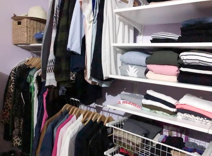 Opruimen en opbergen van kleding en alles weer netjes