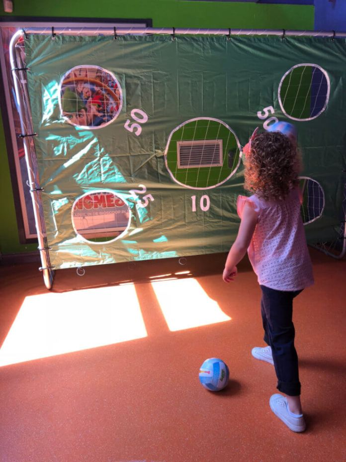 Superjuffie Kids Weekend bij Kinepolis spelletjes doen
