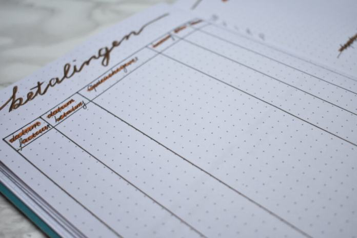 bullet journal setup voor oktober betalingen