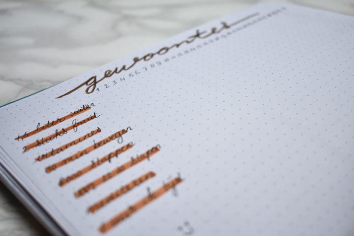 bullet journal setup voor oktober gewoontes