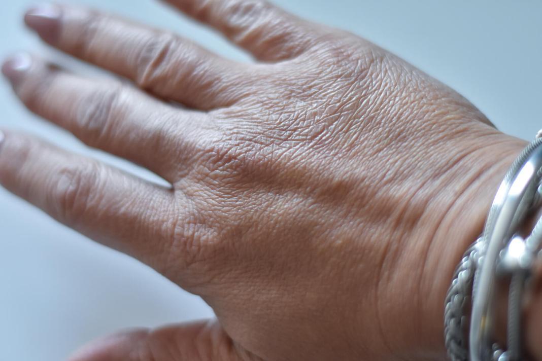 hand zonder Rejuvenating Moisturizer