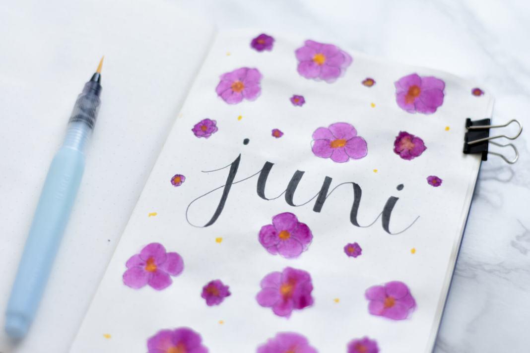 setup van mijn bullet journal in juni voorpagina juni