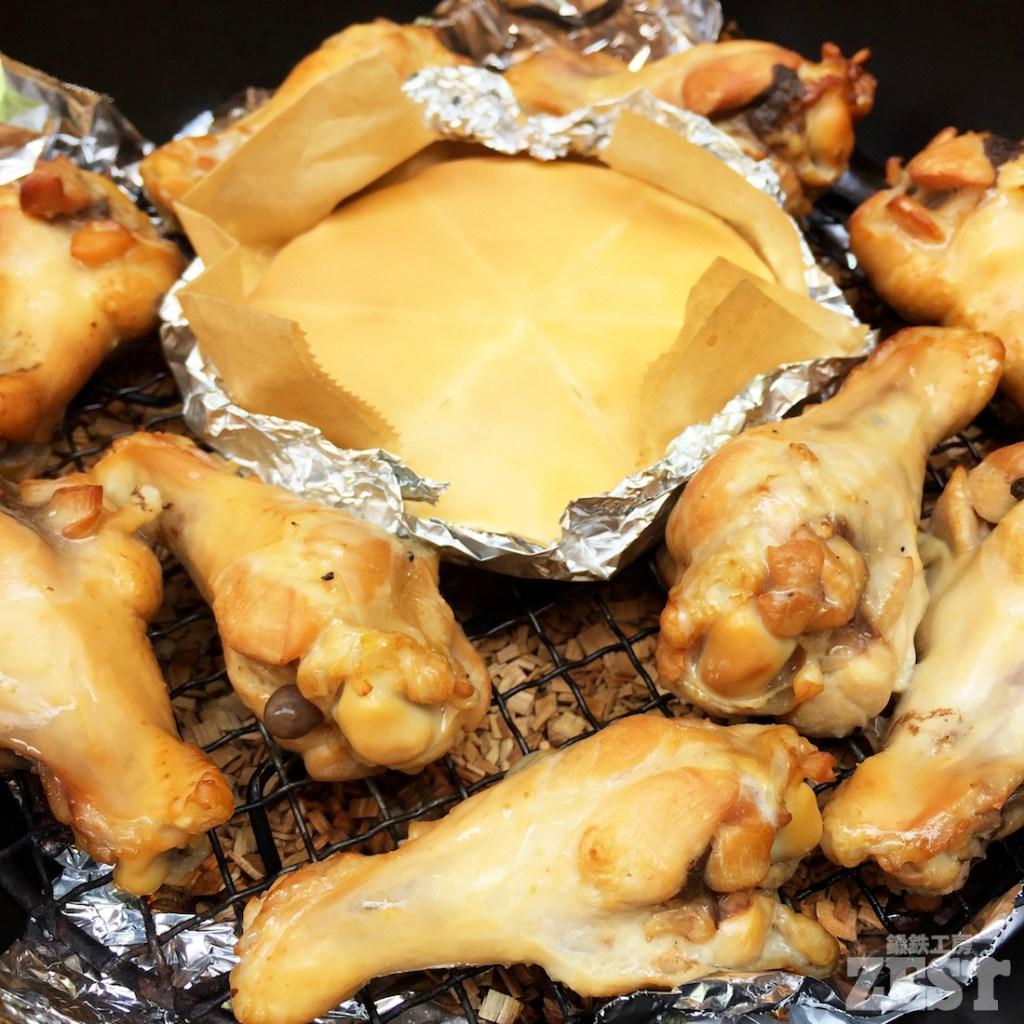 鶏とチーズの燻製