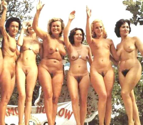 Apologise, Naked older women group photo very