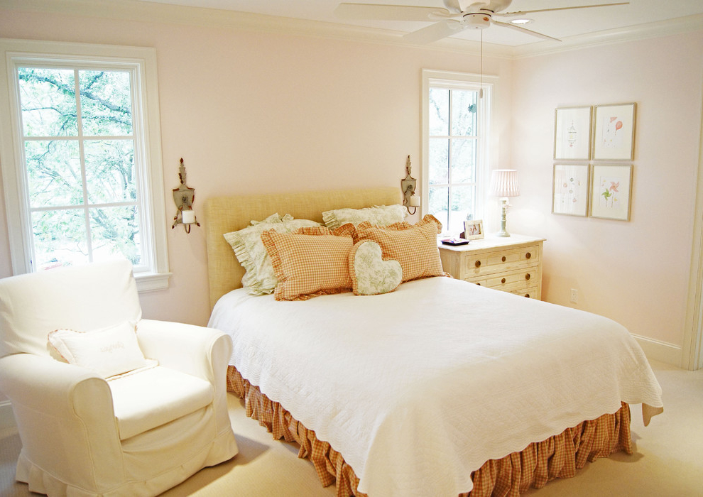 Traditional Bedroom Makeover For Romantic Look Image 8 Of 9